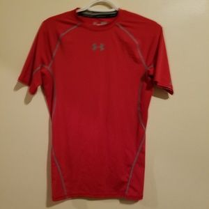 Under Armour Compression tee Red w. Gray stitches